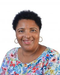 Etelvina Teque_Secretária